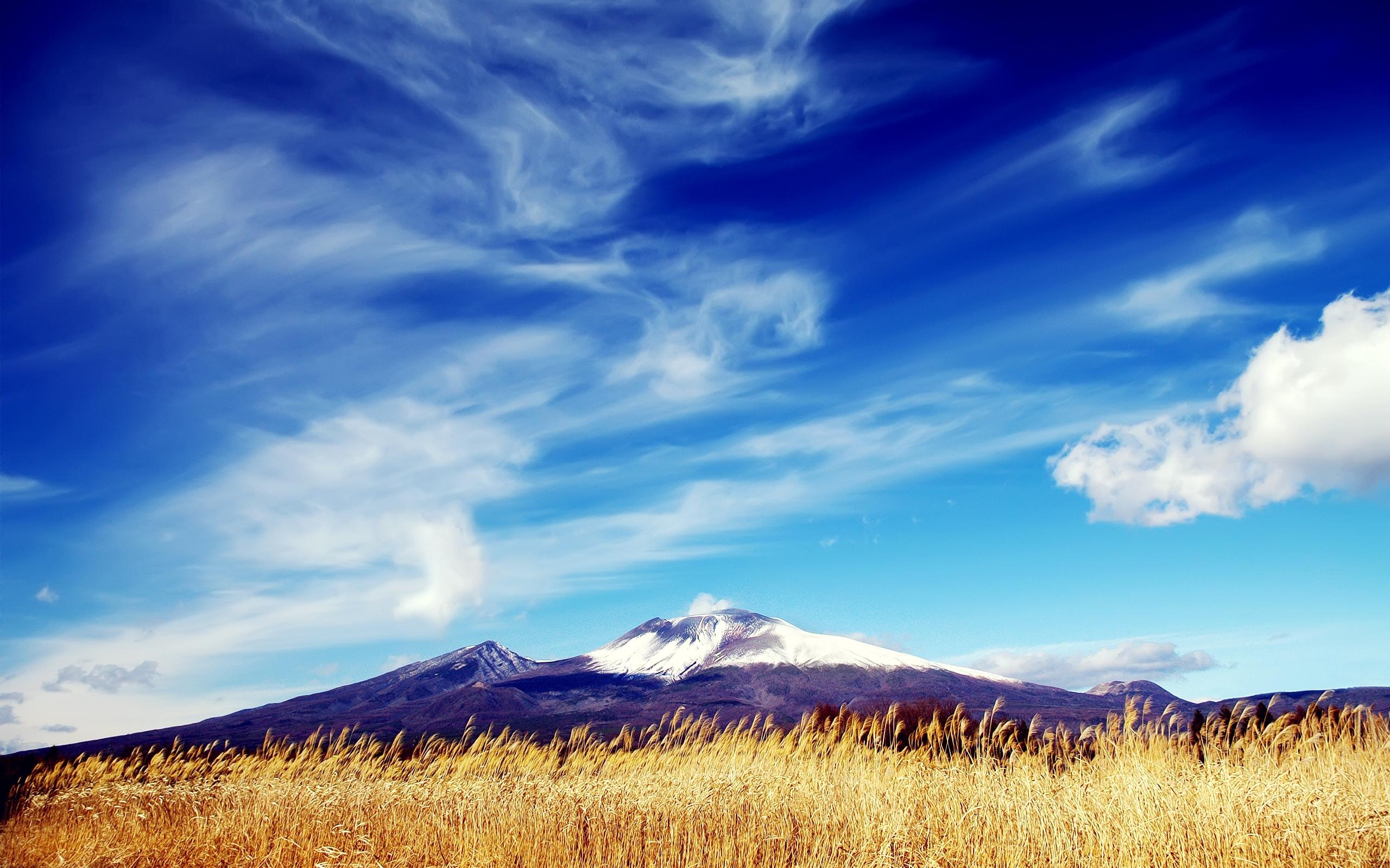 Blue sky and mountains HD Desktop Wallpaper HD Desktop Wallpaper 2560x1600