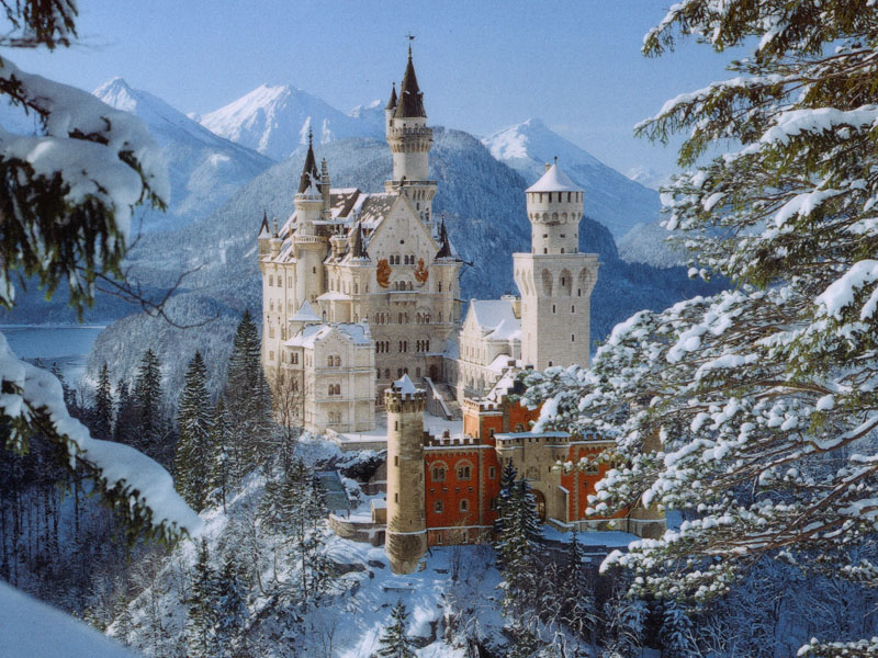 EuroTravelogue Castle Neuschwanstein A fairy tale castle for a 800x600