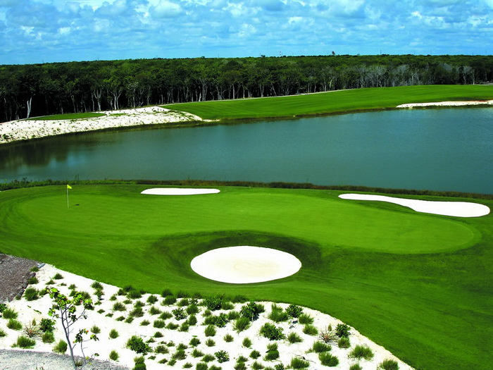 golf course pictures 700x525