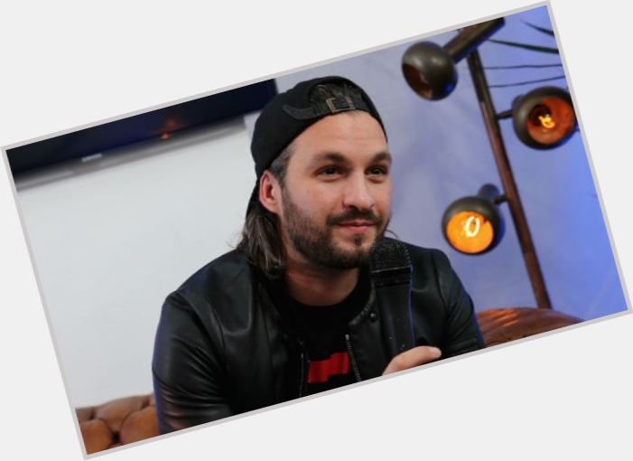 Steve Angello will celebrate his 33 yo birthday in 4 months and 0 days 701x510
