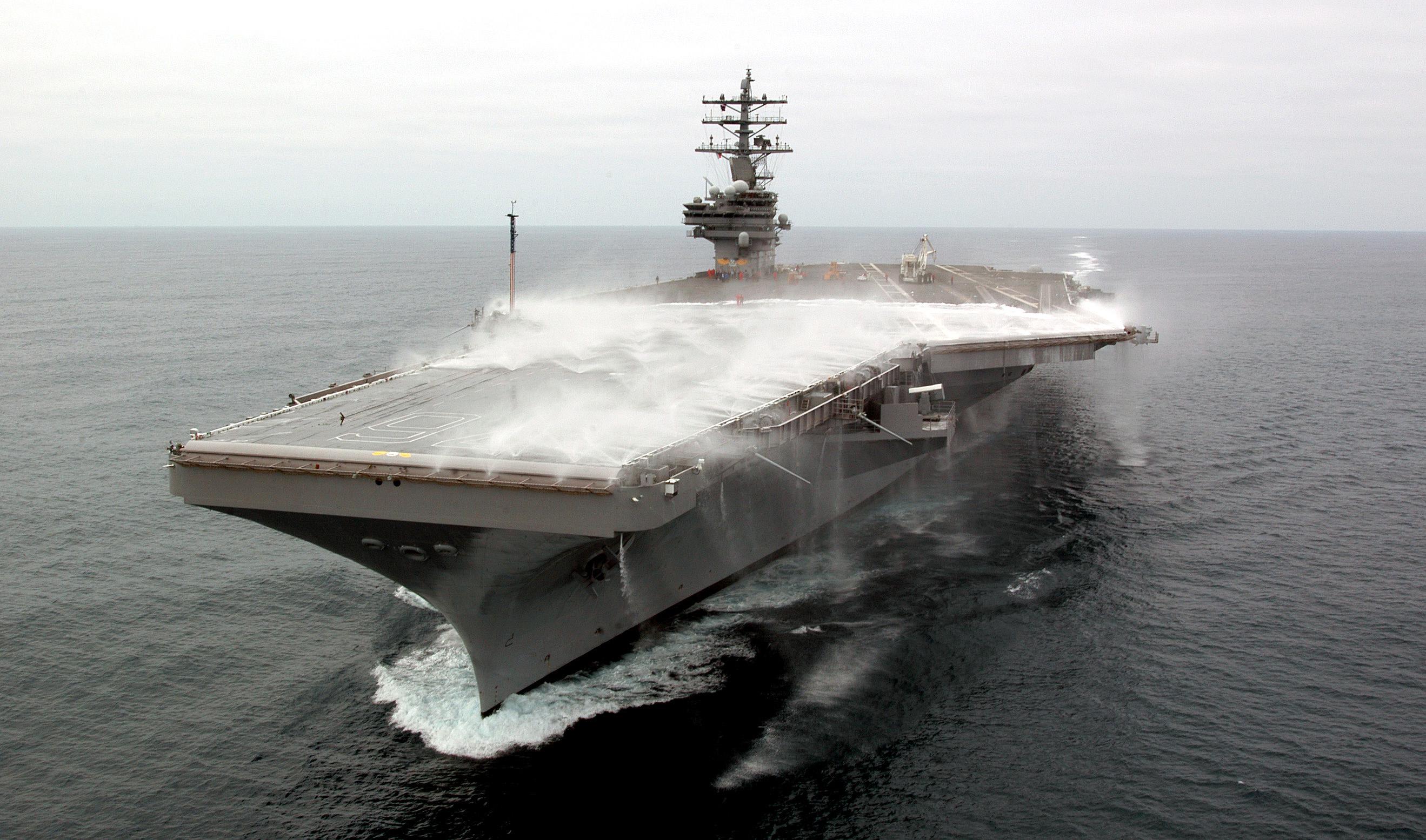 USS Ronald Reagan CVN 76 captured during a test of its flight deck 2638x1555