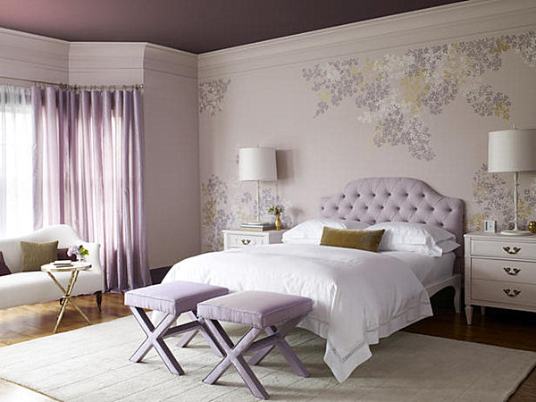 trends check out the bedroom below complete with Greek key wallpaper 600x450