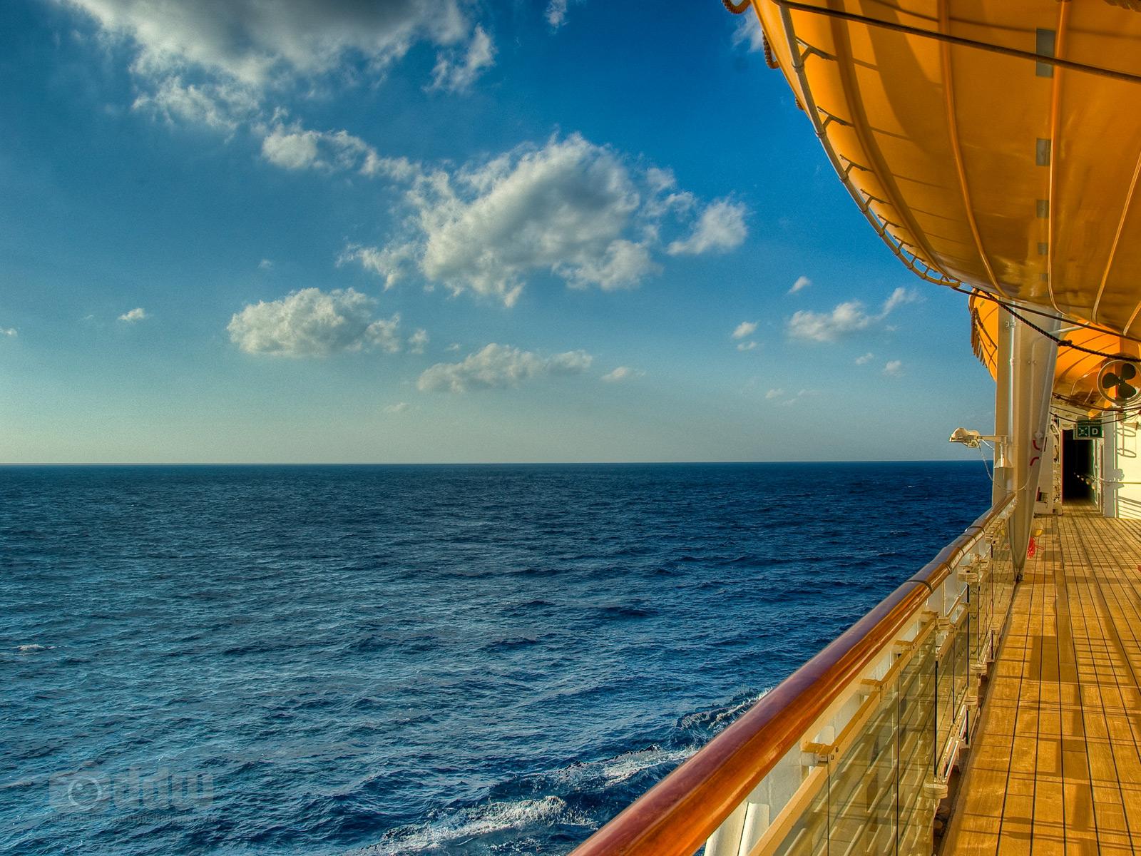 Disney Cruise Deck Desktop Wallpaper 1600 x 1200 1600x1200