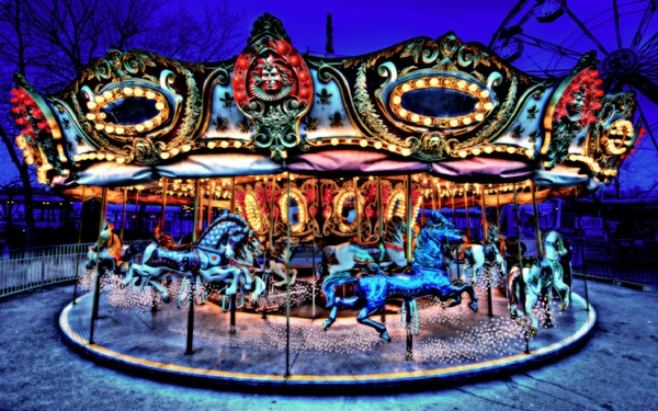 Carousel Wallpaper 600x375