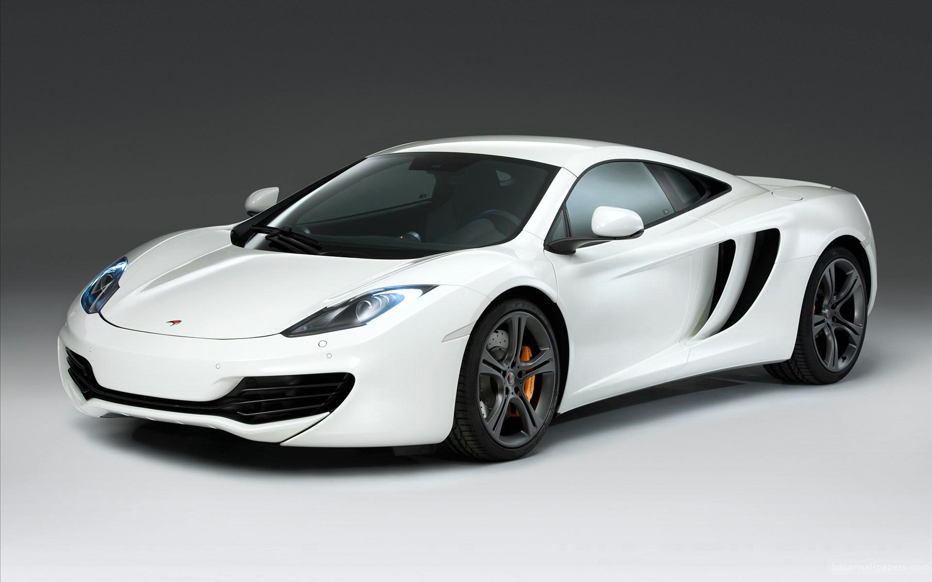 белый спортивный автомобиль mclaren white sports car  № 996108  скачать
