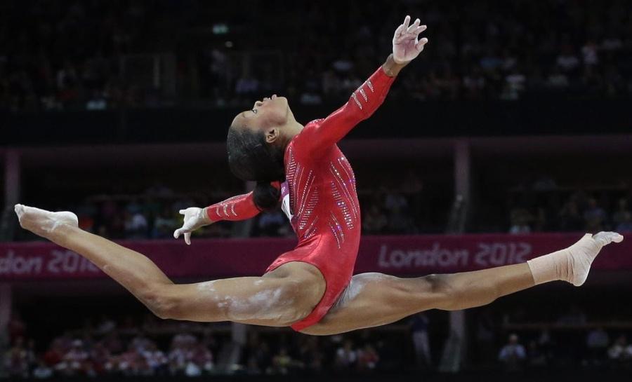 Photo 2 of 103 2012 Olympic Gymnastics 900x545