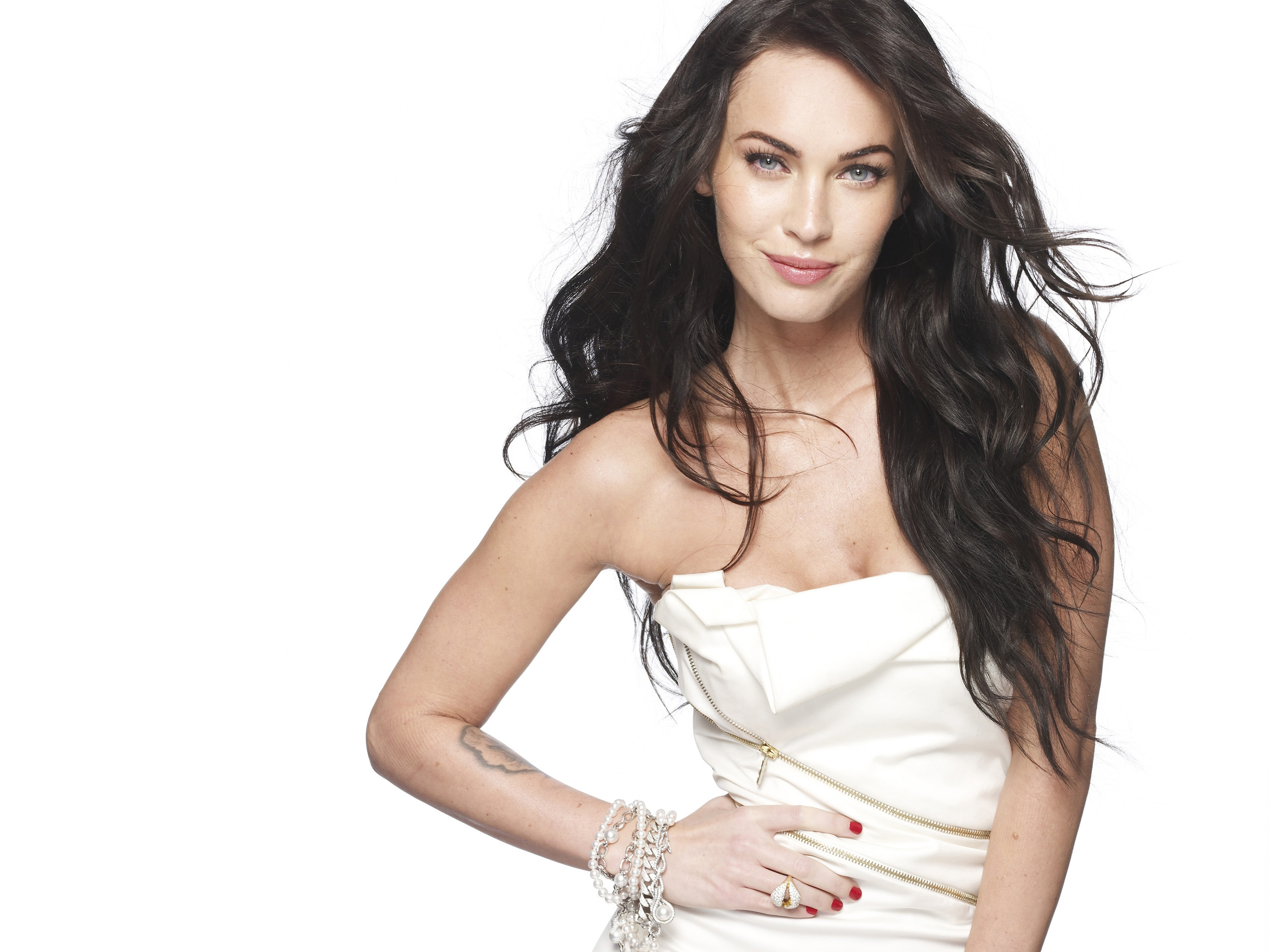 Megan Fox 2009 Wallpapers HD Wallpapers 2560x1920
