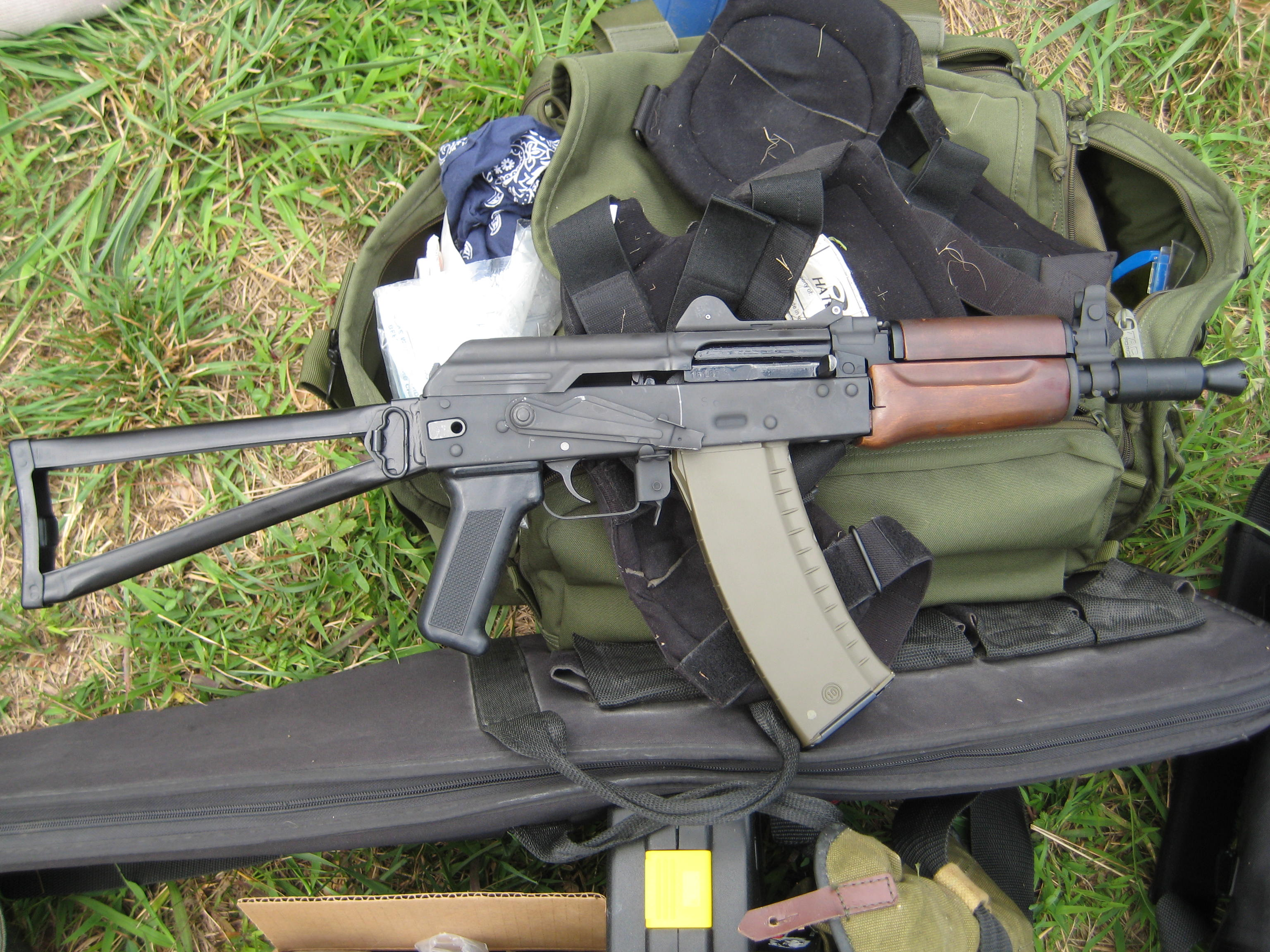 The Krinkov Little Bundle Of Firepower SWAT Magazine 3072x2304