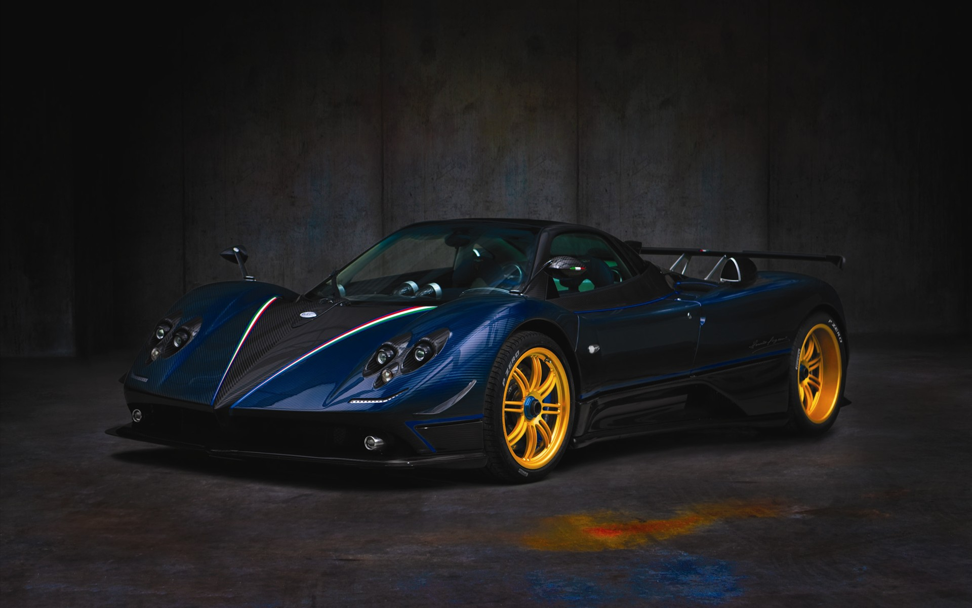 2011 Pagani Zonda Tricolor Wallpaper HD Car Wallpapers 1920x1200