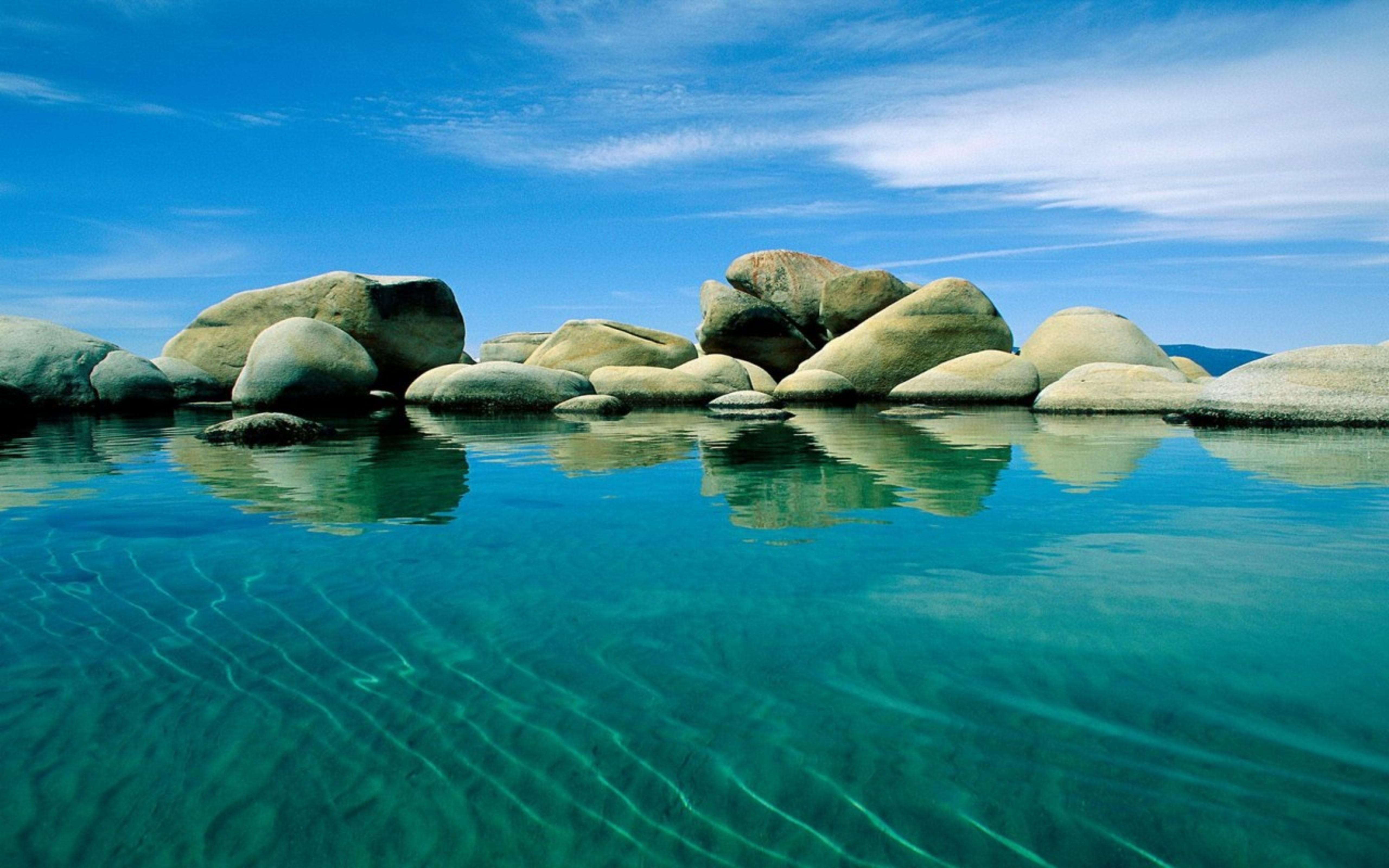 Big stones in the water   HD summer wallpaper 5120x3200