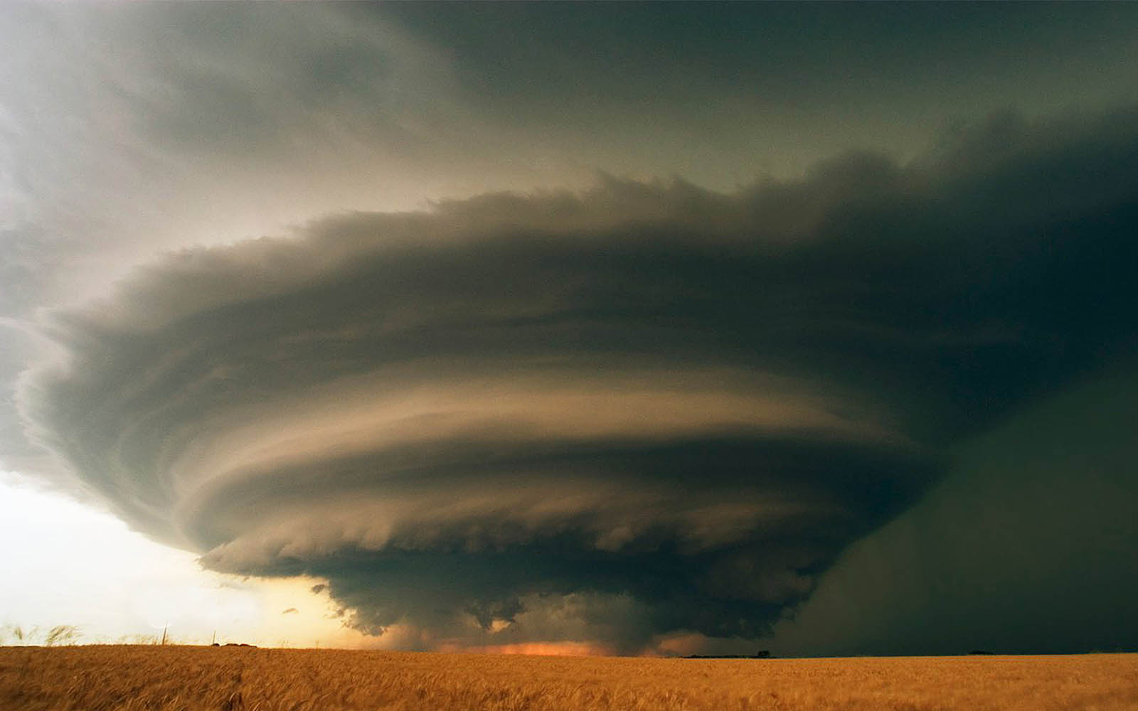 Tag Tornado Wallpapers Backgrounds Photos Picturesand Images for 1600x1000