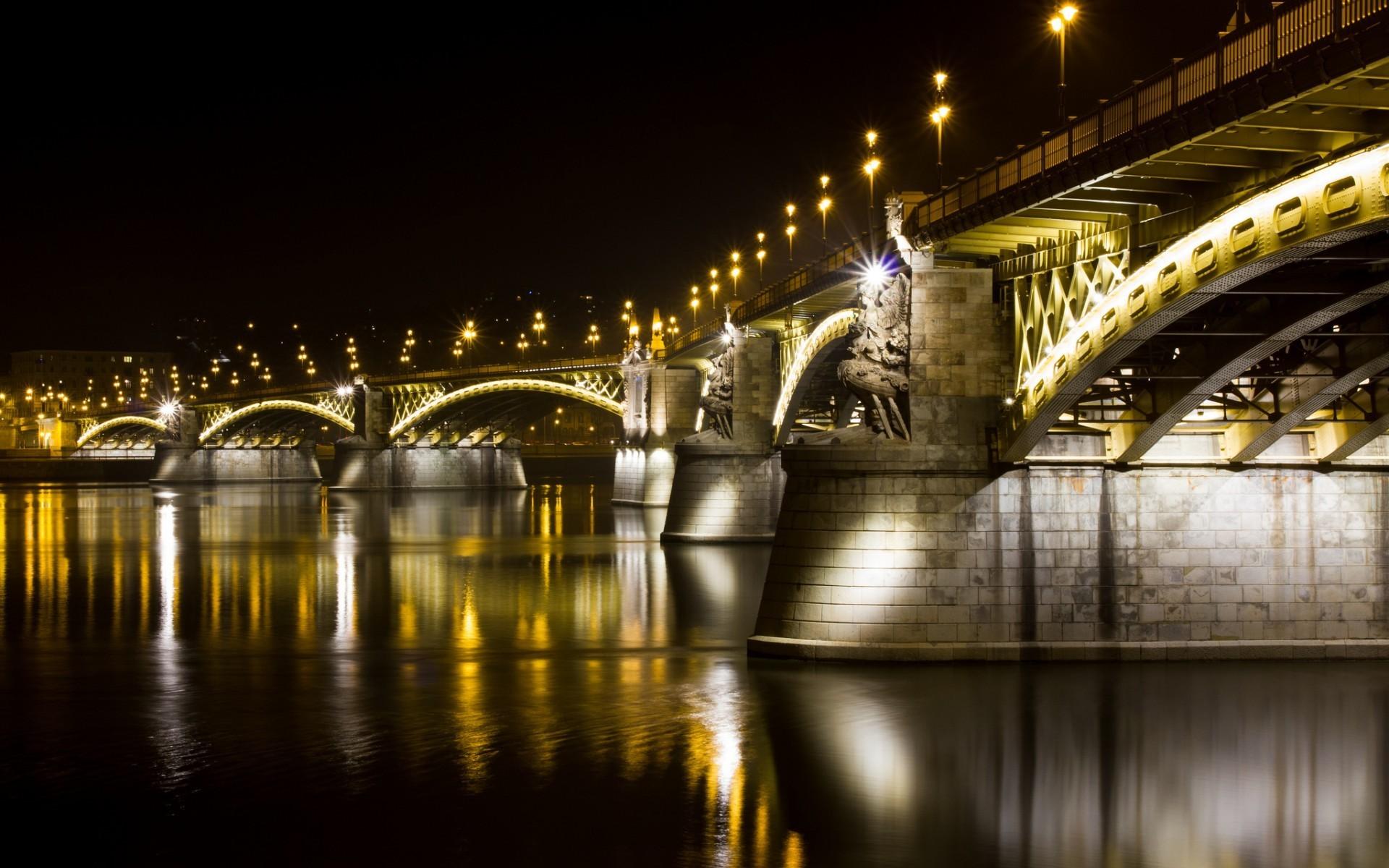 Fabulous bridge at night wallpaper 8763 1920x1200