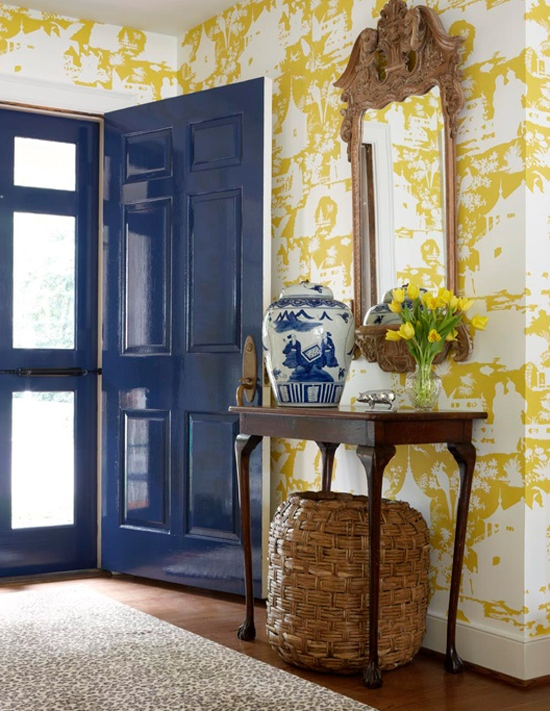 small entryway ideas wallpaper   Simplified Bee 550x711