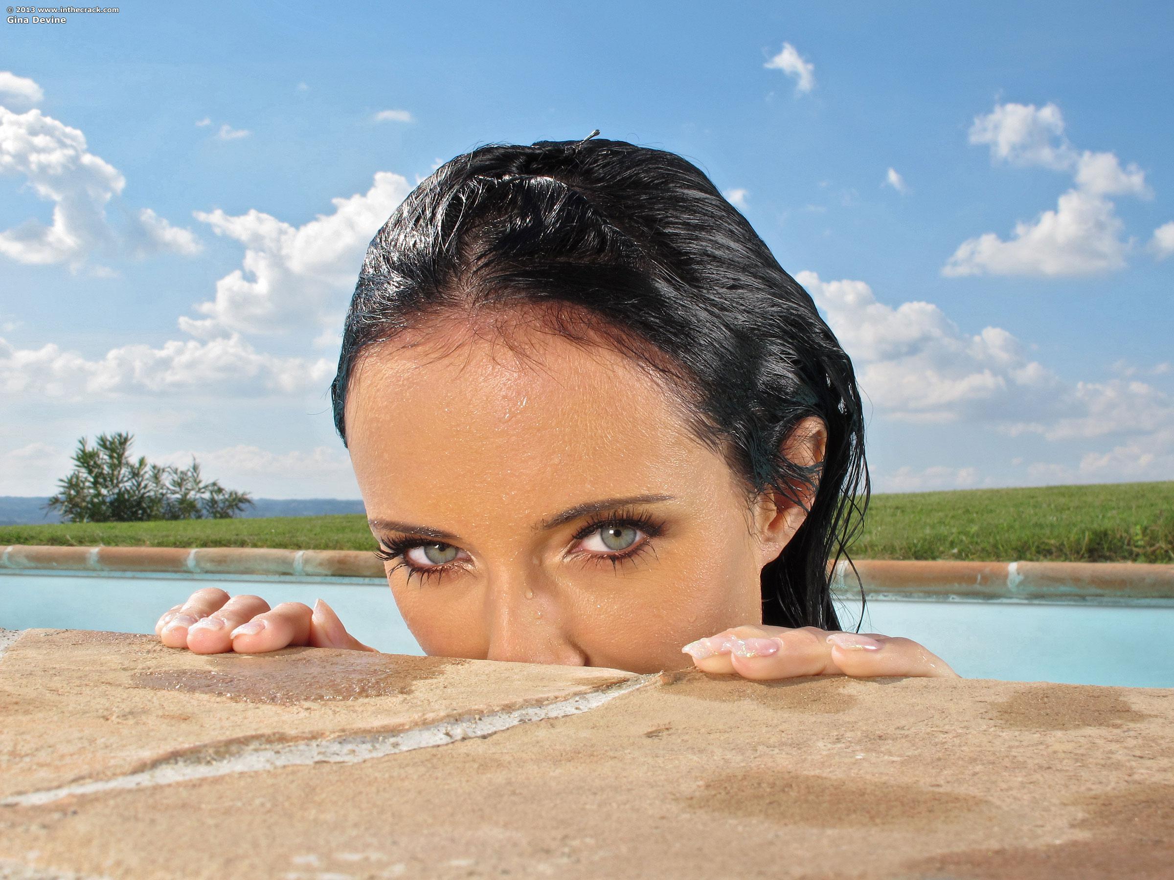 Gina Devine Nude Photos 4