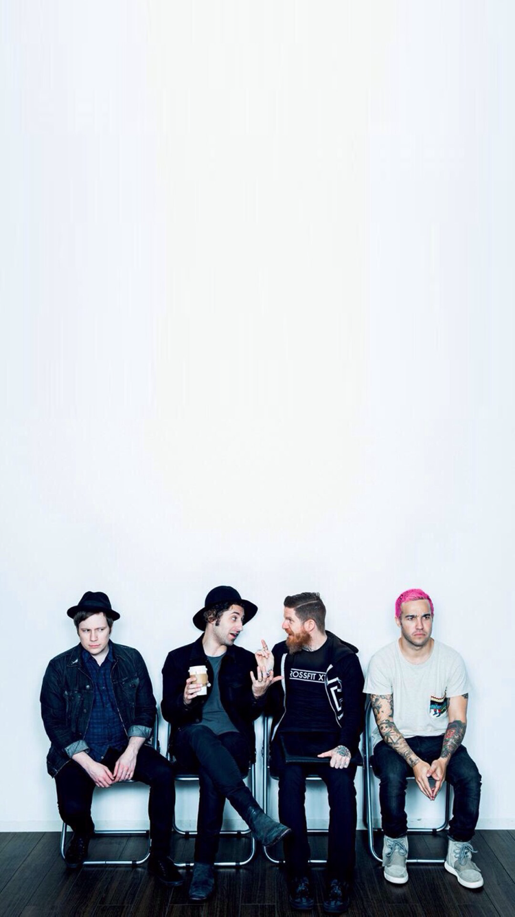 Pin by x Erin x on singers I lovelike 3 2020 Fall out boy 750x1334