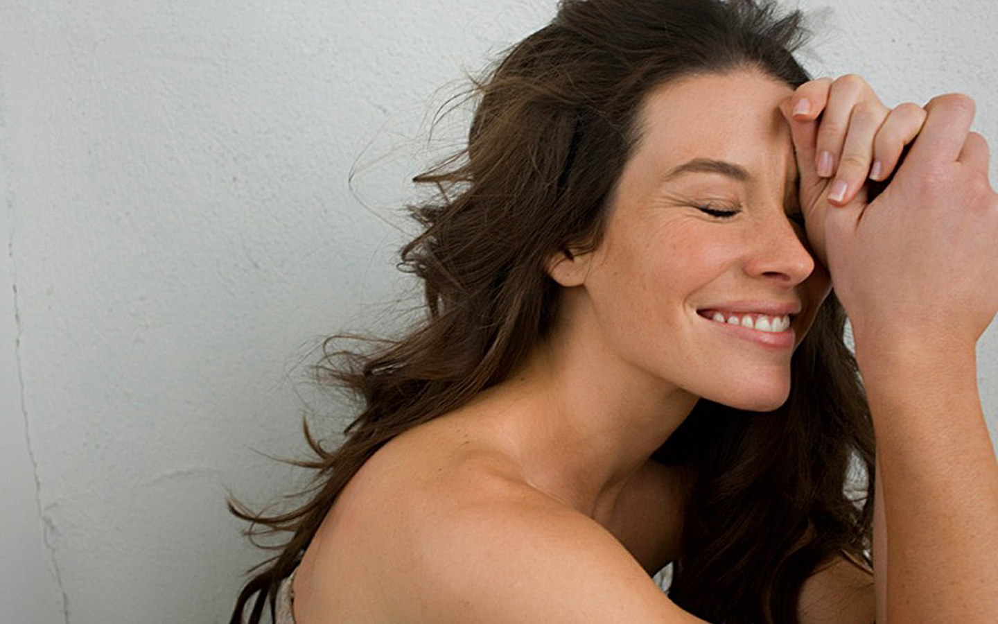 Evangeline Lilly Hot Photos Love Love Story Love 1440x900