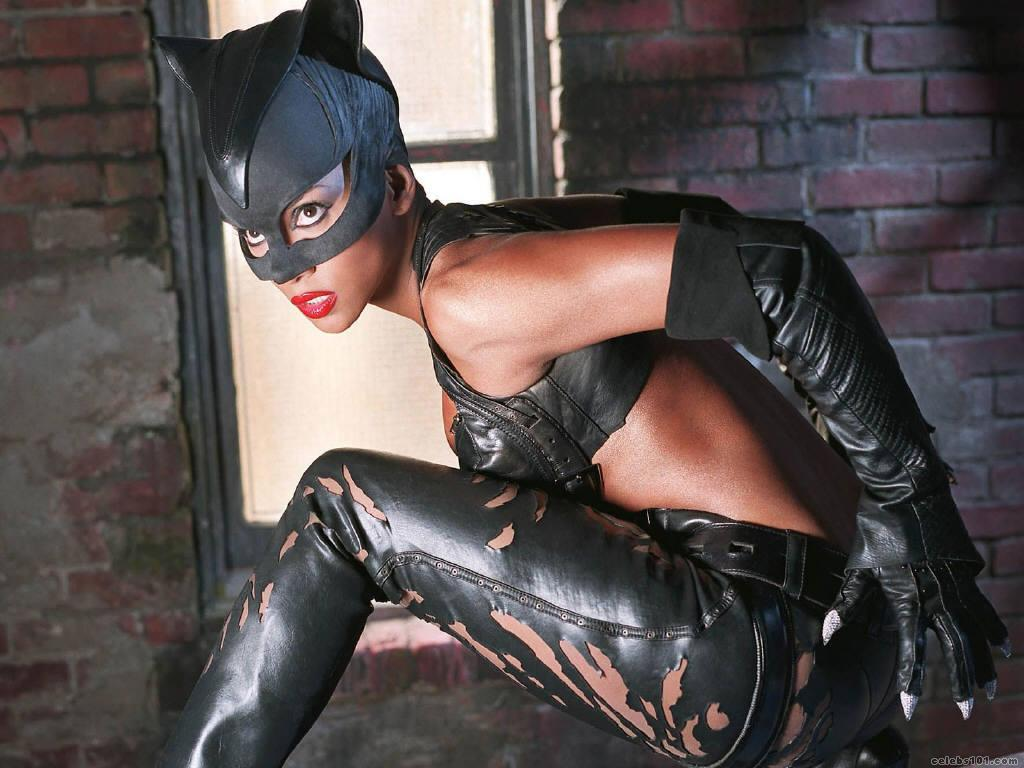 Catwoman Berry Sexiest Photo A Star News Gallery 1024x768