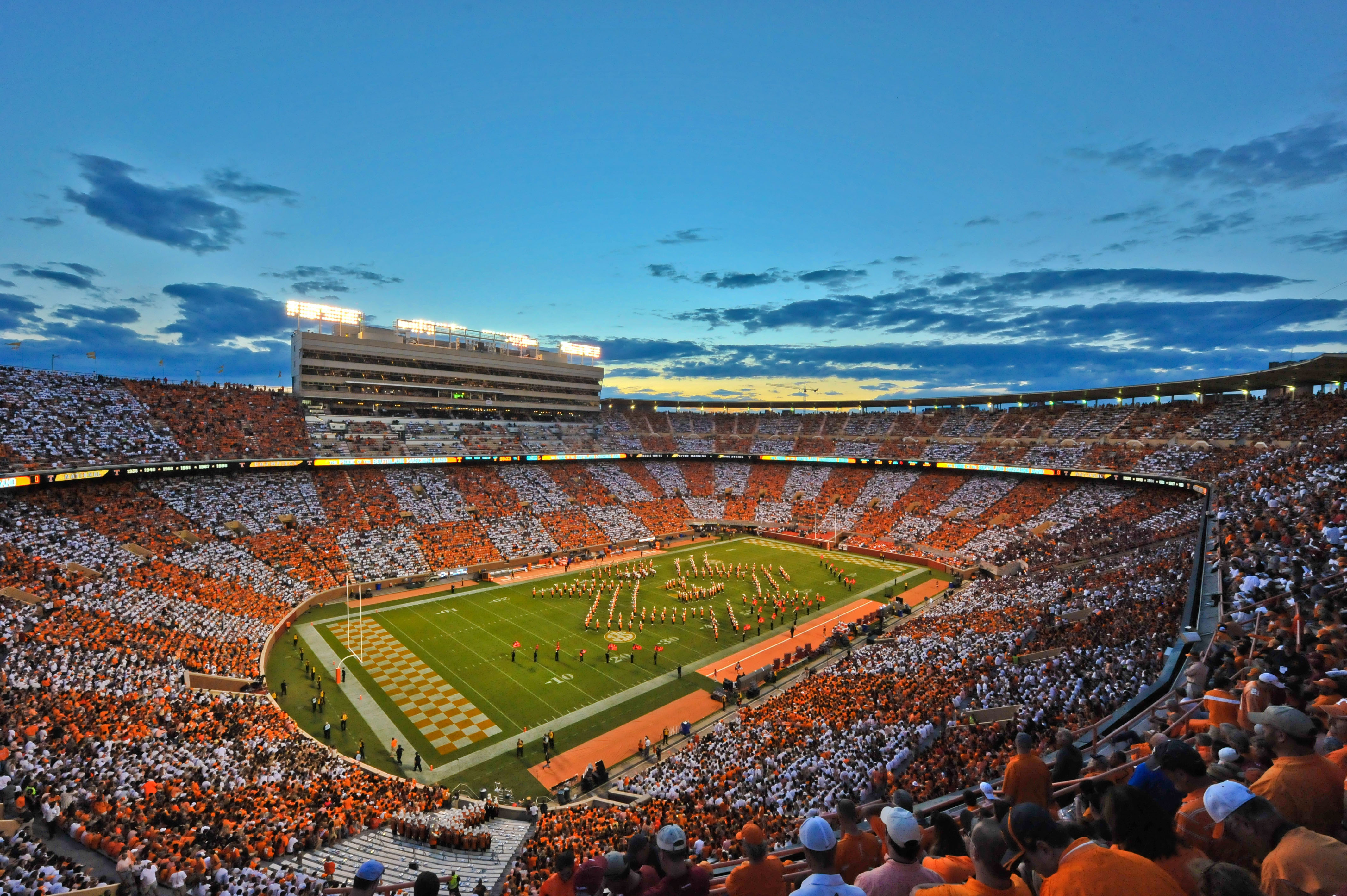 Vols Football Four Star Linebacker Offered By Tennessee 4256x2832