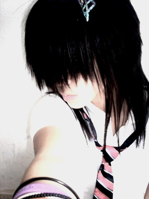 Emo Girl Fashion 481x640