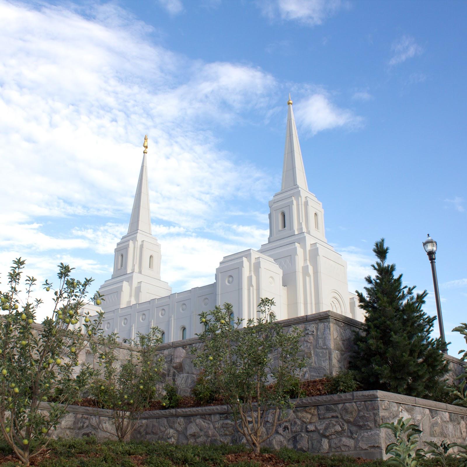 LDS Temple Wallpaper