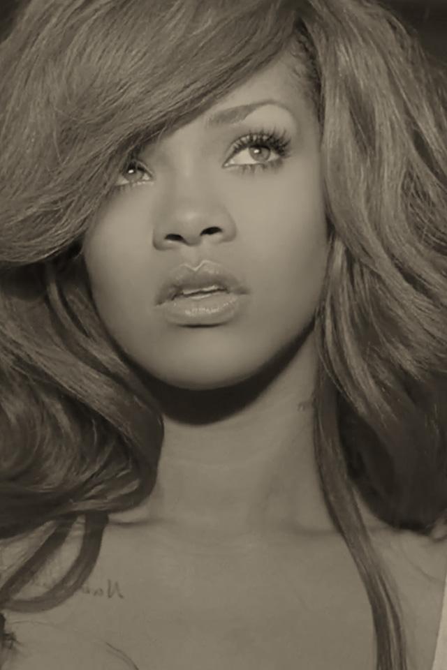 iPhone Retina Display Wallpapers Rihanna Pictures Retina Background 640x960