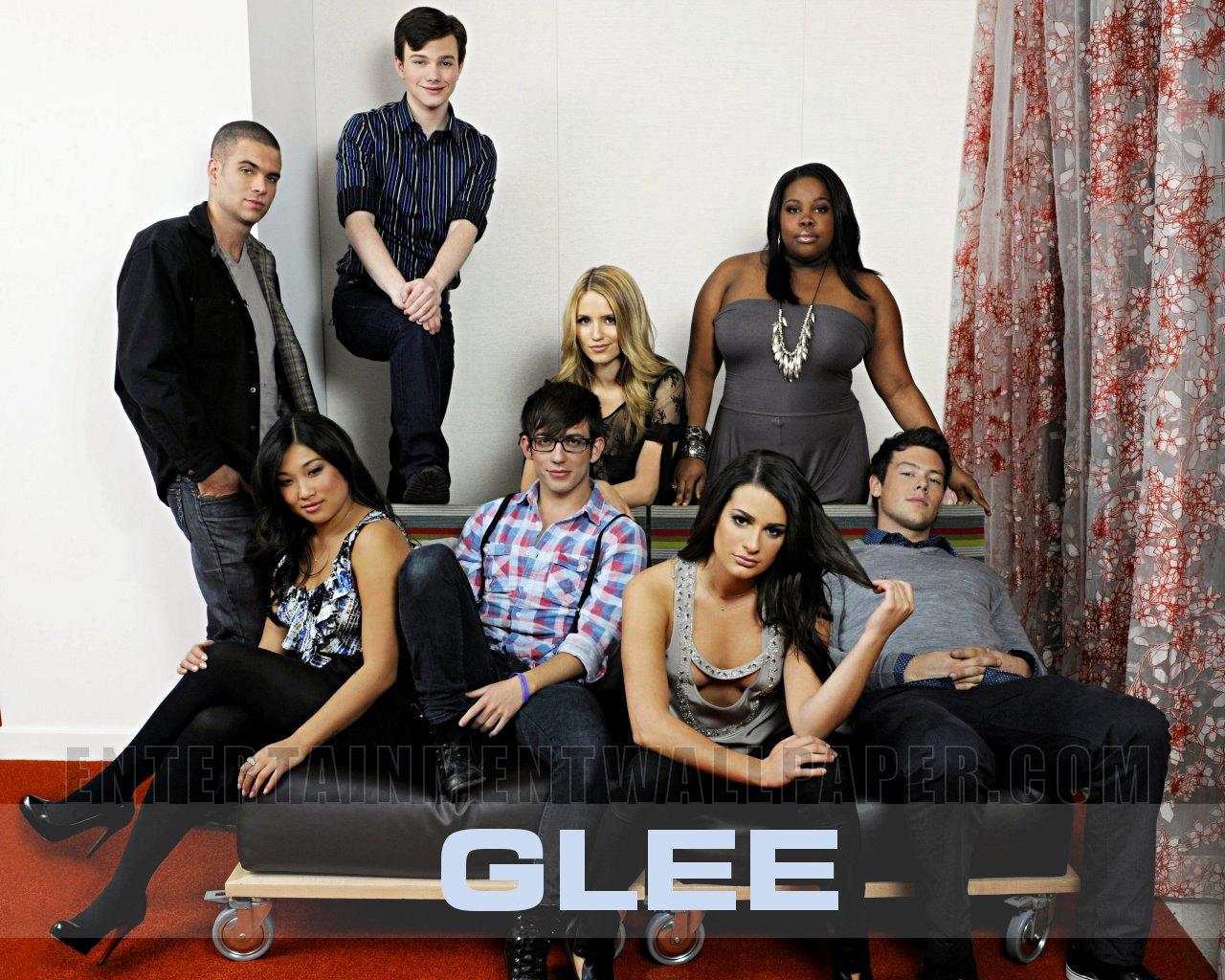Glee Wallpaper Pictuers Photos Images Desktop Wallpaper Glee glee 1280x1024
