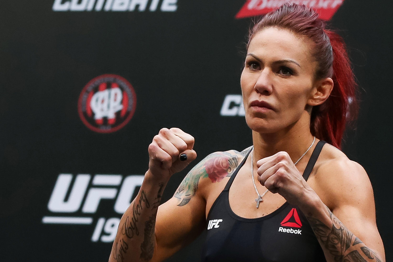 Cyborgs crushing dominance comes with UFC dilemmas 3000x2000