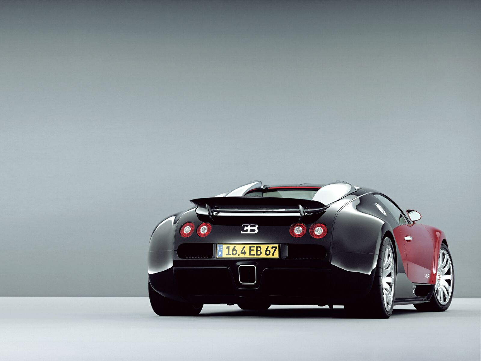 HD Wallpapers BUGATTI VEYRON HD WALLPAPERS 1600x1200