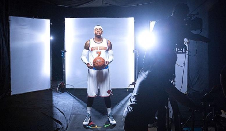 York Knicks Latest News Carmelo Anthony Plays Big Brother to Kristaps 778x451