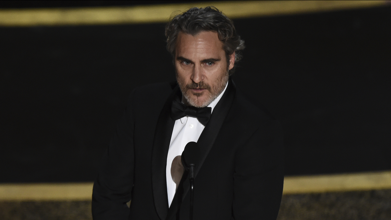 Oscars 2020 Joaquin Phoenix wins best actor for role in Joker 1300x732
