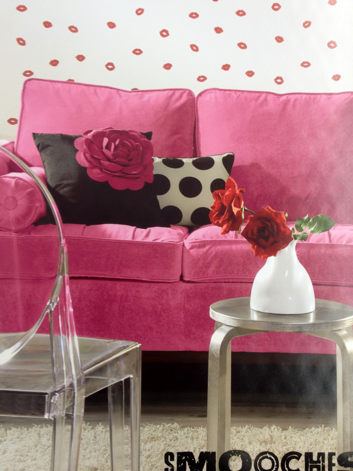 playfuldid you notice the flower on the pillow and the roses mimic 1200x1600