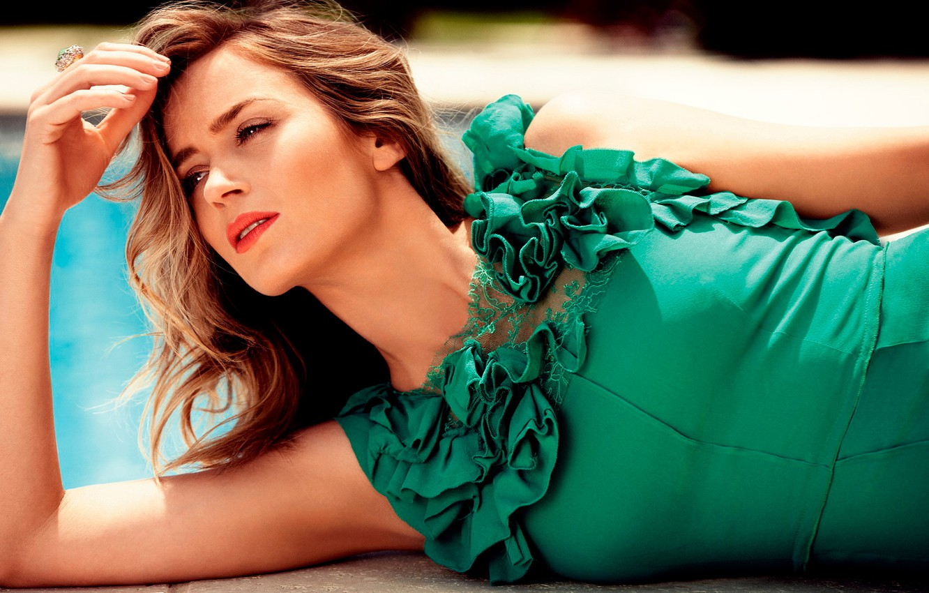 Wallpaper photoshoot Emily Blunt Harpers Bazaar images for 1332x850