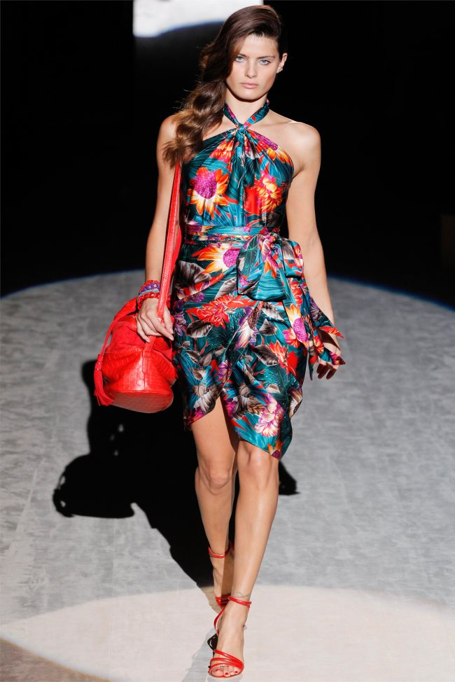 Isabeli Fontana images Salvatore Ferragamo Spring Milan Fashion 650x974