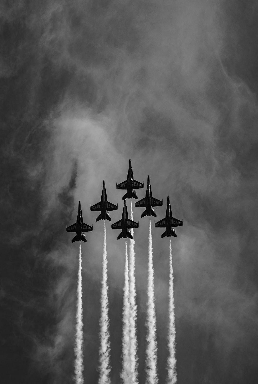 500 Fighter Jet Pictures Download Images on Unsplash 1000x1489