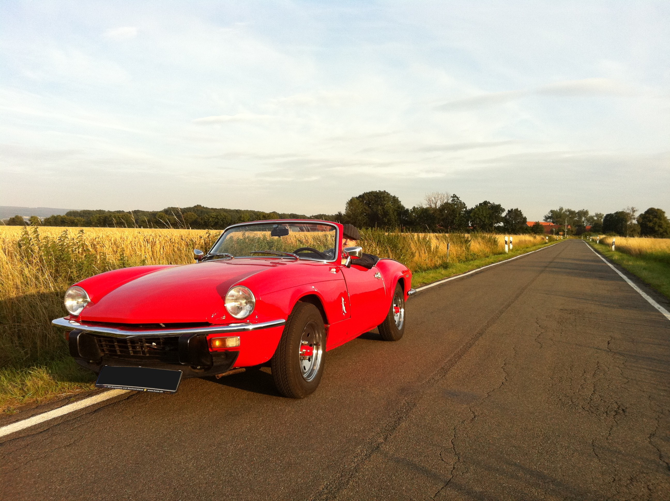 Triumph Spitfire Wallpapers   Car Wallpapers Wallpaper Send 2592x1936