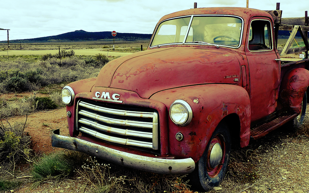 Country Truck Wallpaper Wallpapers old country truck 1050x656