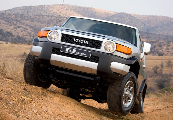 Toyota FJ Cruiser ZA spec GSJ15W 2010 wallpapers 800x600 575x400