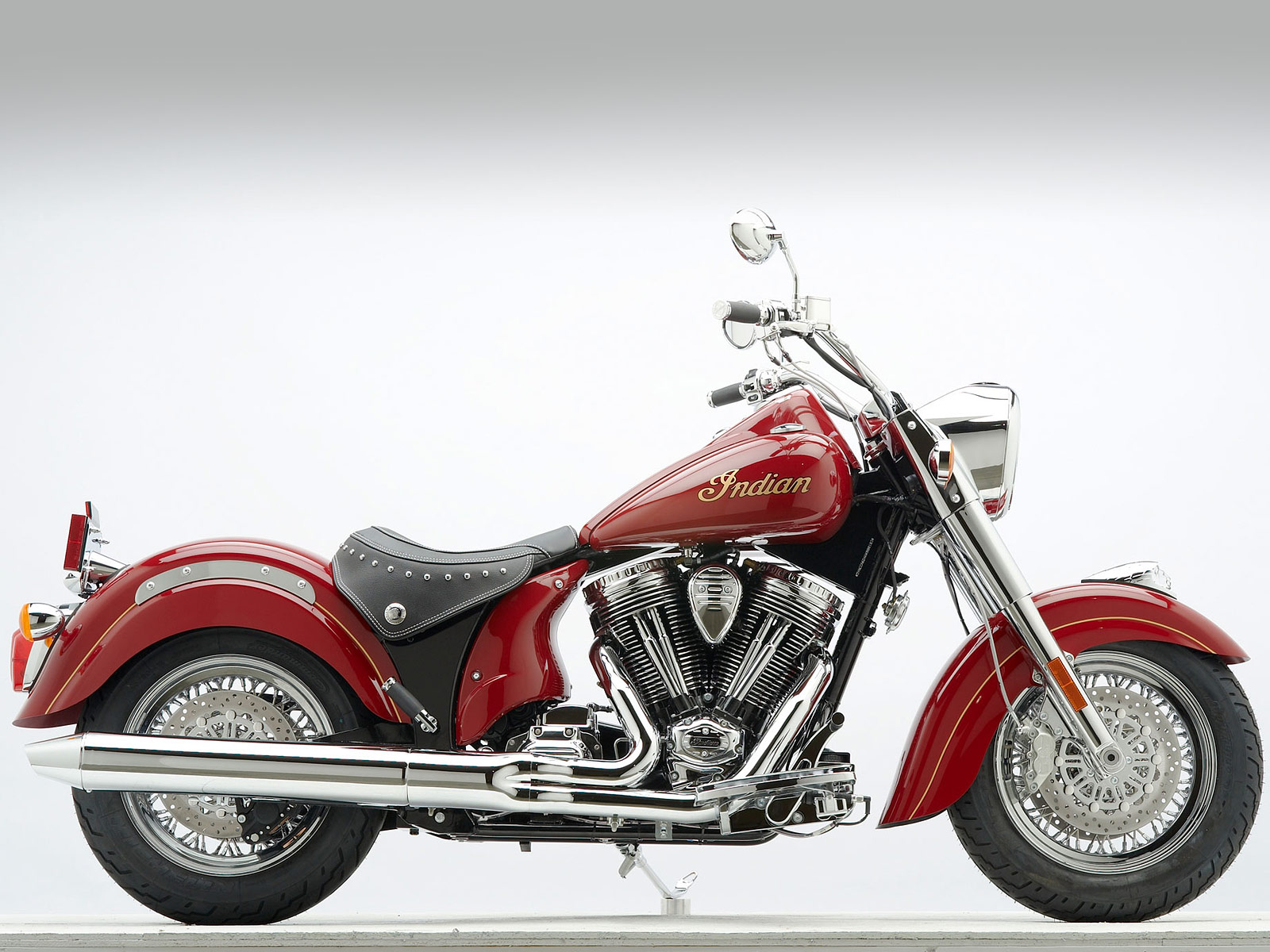 2012 Indian ChiefClassic motorcycle desktop wallpaper 2jpg 1600x1200