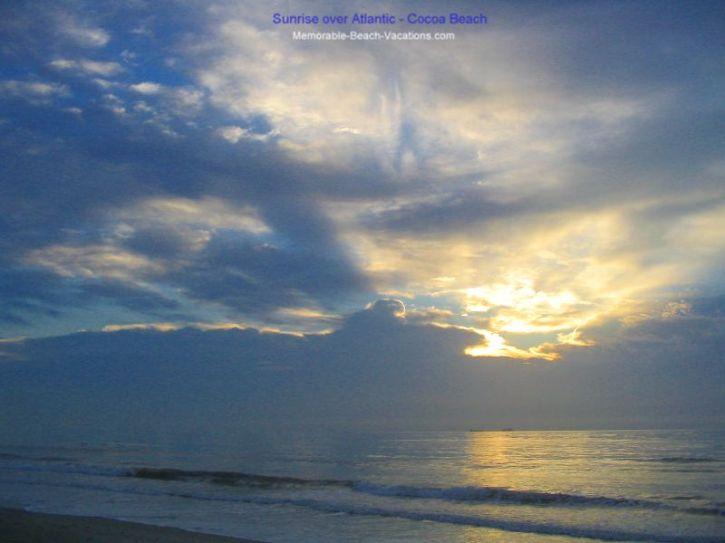 Cocoa Beach Florida   Beach Sunrise over Atlantic Ocean 725x543