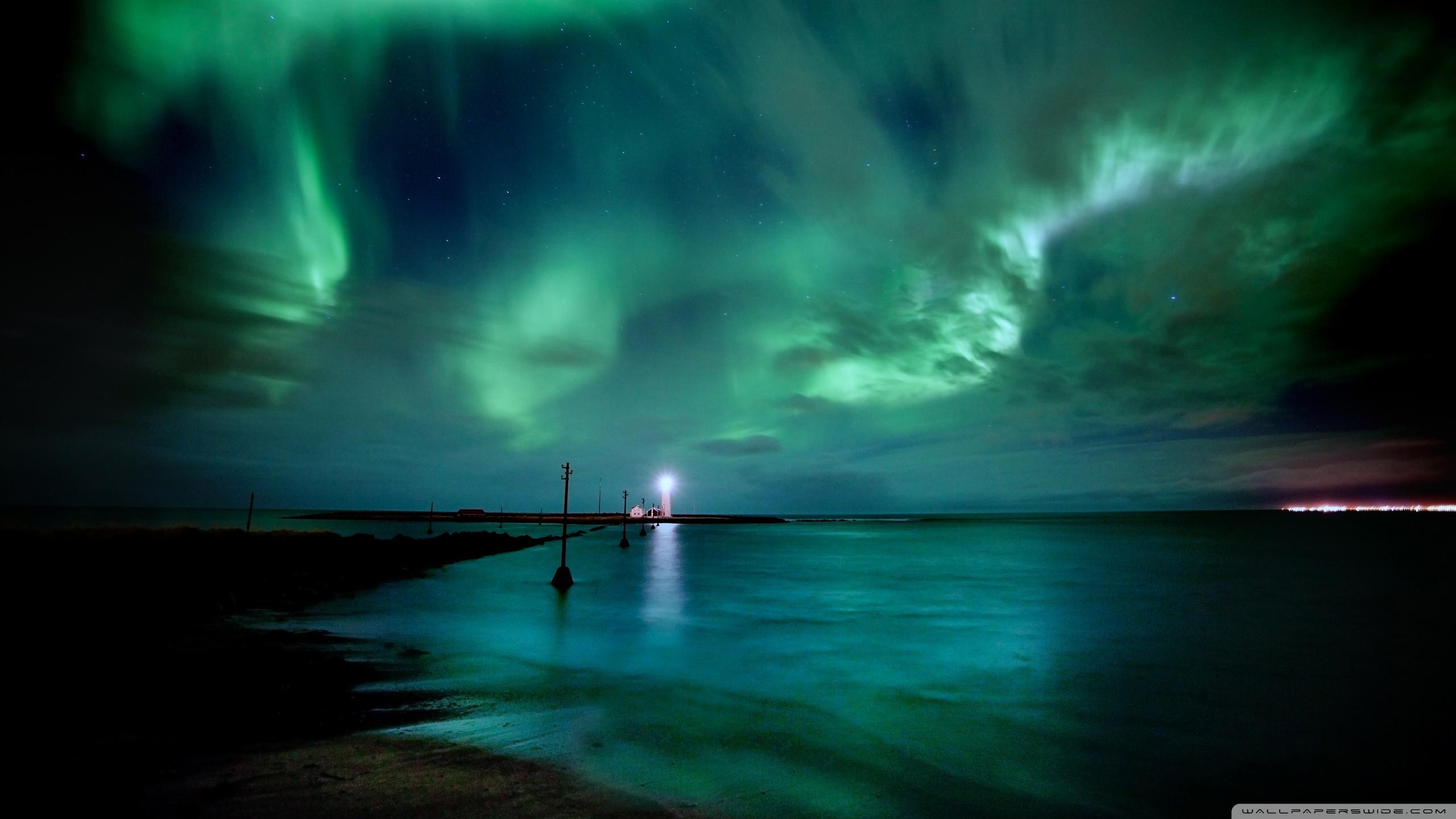 aurora_borealis-wallpaper-2560x1440 (1) - Magic4Walls.com