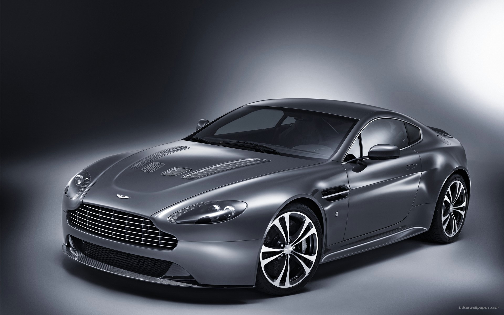 Aston Martin V12 Vantage 2 Wallpapers HD Wallpapers 1920x1200