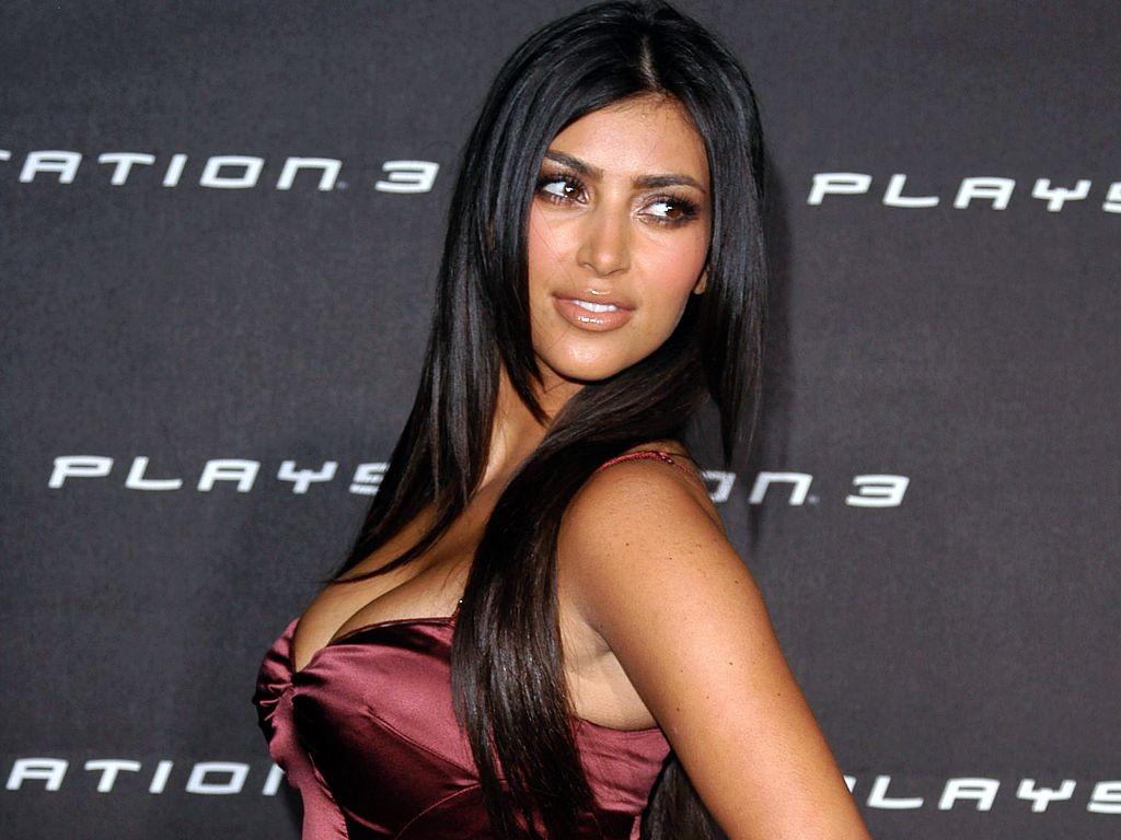 Kim Kardashian HD Superb Wallpaper Wallpaper Fun 1024x768