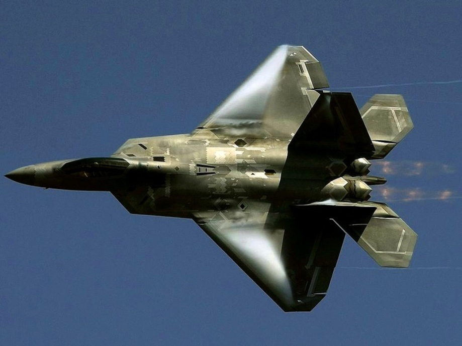 Wallpaper photos of the F 22 Raptor in high res theBRIGADE 919x690