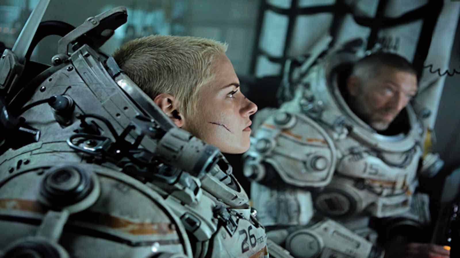 Heres everything to know about Kristen Stewart in Underwater 1600x900