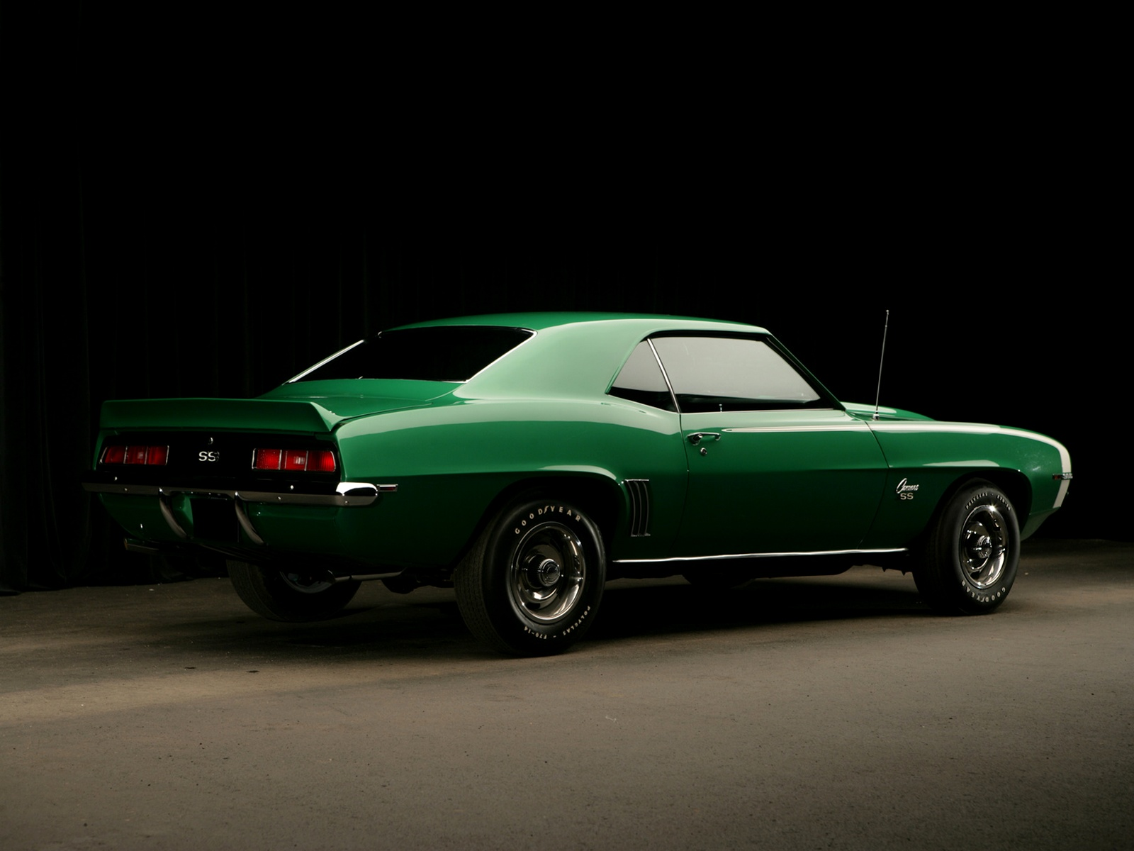 Chevrolet Wallpapers Chevrolet Camaro SS 396 1969 Wallpapers 1600x1200