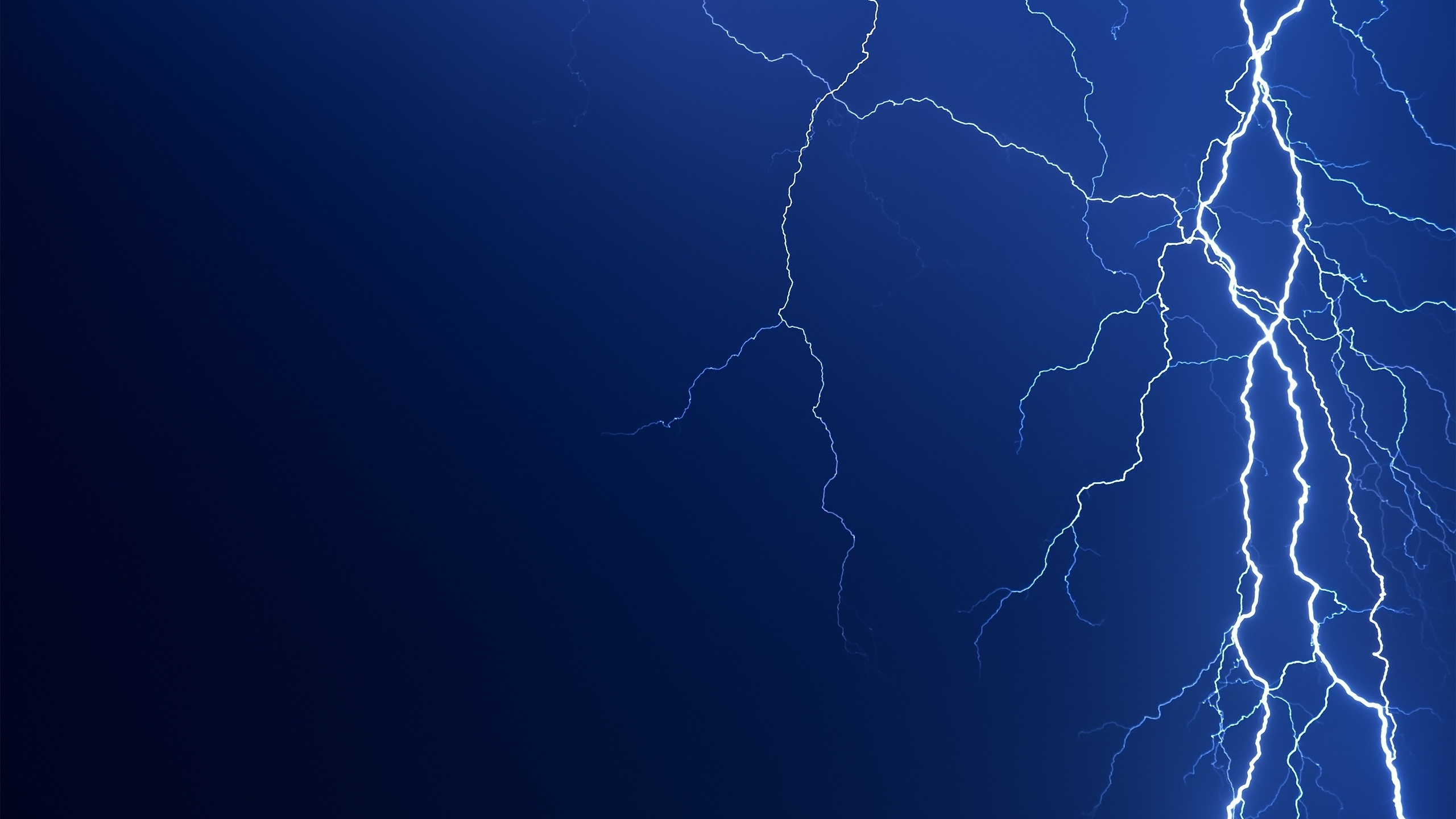 2560x1440 Lightning bolt desktop PC and Mac wallpaper 2560x1440