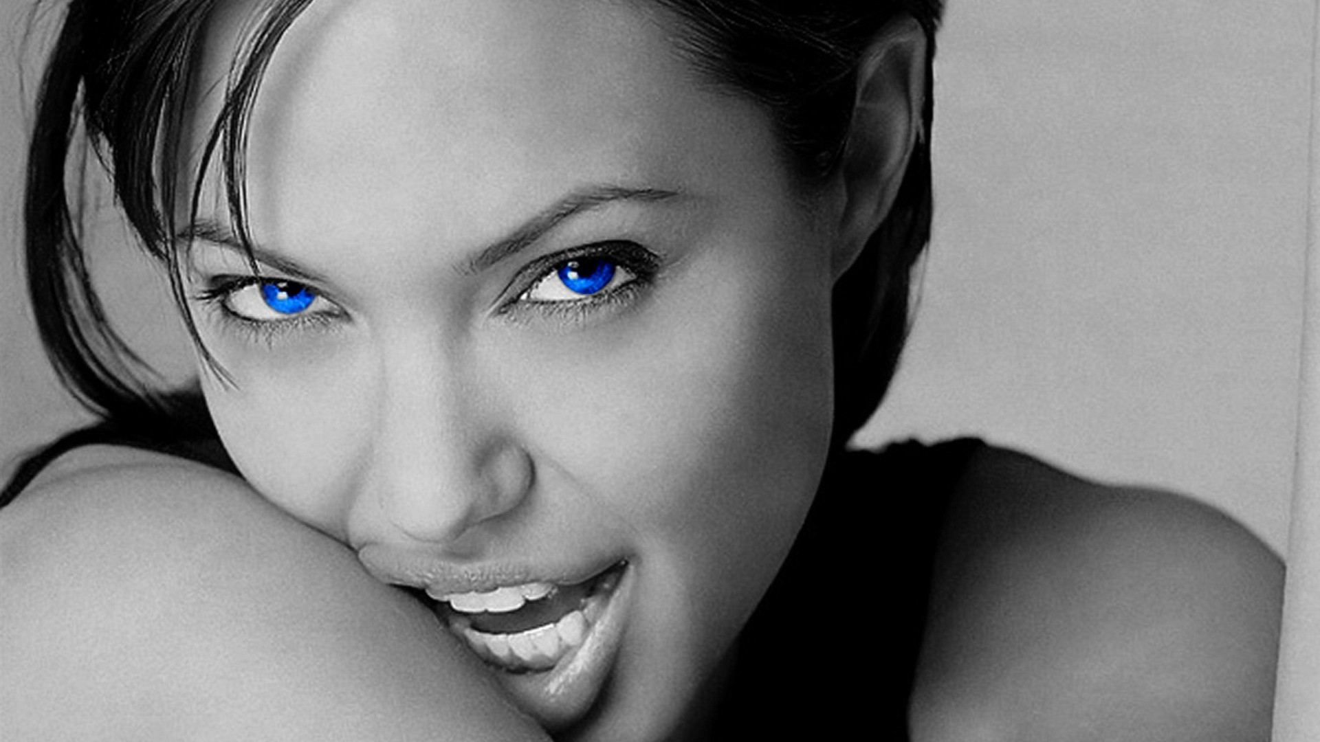 Angelina Jolie Blue Eyes HD Wallpaper 2414 Wallpaper computer best 1920x1080