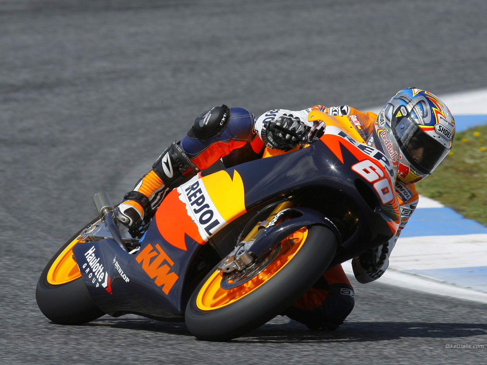 Download High quality MotoGP Wallpaper Num 13 1600 x 1200 285 1600x1200