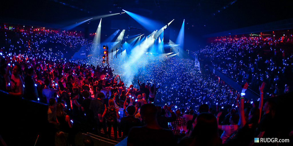 edm concert background - photo #11