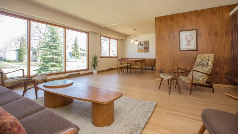 Perfectly preserved mid century home boasts 1960s furniture design 780x439